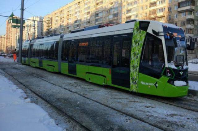 В Петербурге пустят скоростной трамвай до Петергофа