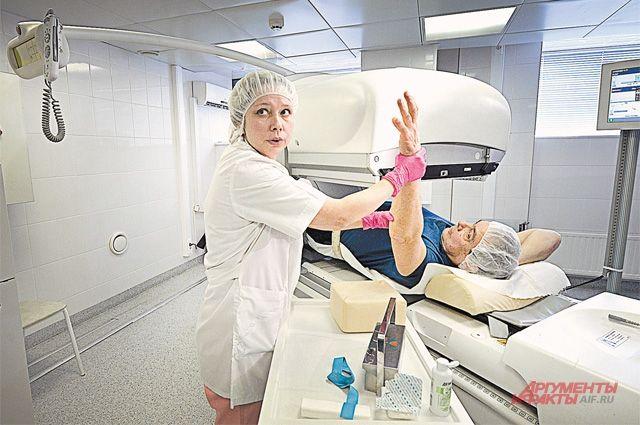 «Умная» аппаратура показывает медикам работу сердца пациента буквально изнутри.