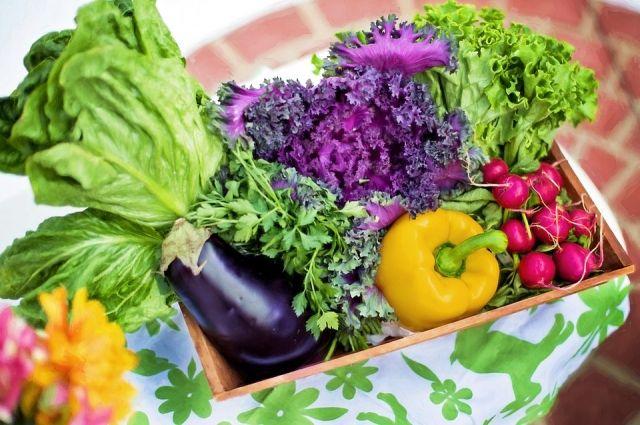 Основная группа продуктов для вегетарианца - это овощи.