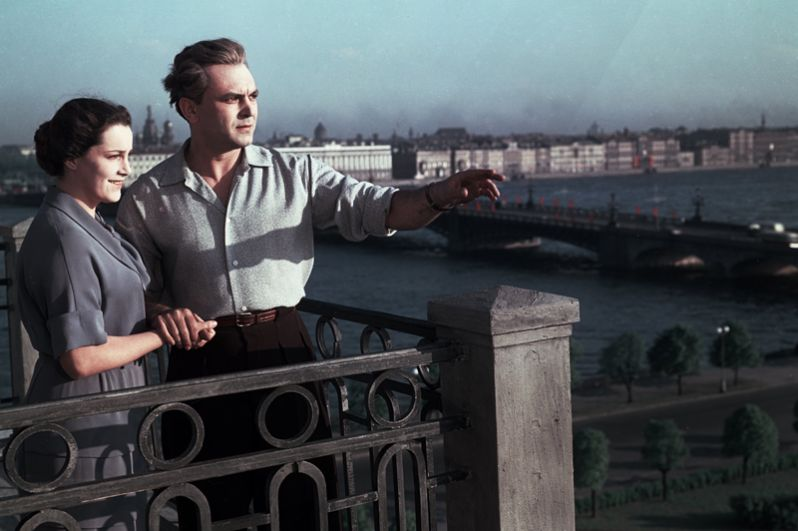 «Неоконченная повесть» (1955) — участковый врач Елизавета Максимовна Муромцева.