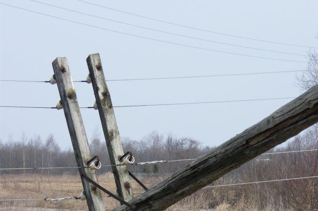Тюменец, проживающий в землянке, воровал провода