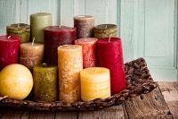 Фитиль такой дорогой красивой свечи для увеличения твёрдости и более ровного горения часто содержит свинец.