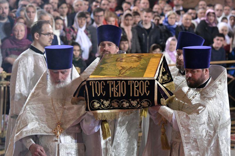 Празднование Пасхи в Храме Христа Спасителя.
