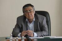 Глава кемеровского парламента подал в отставку в пользу Тулеева.