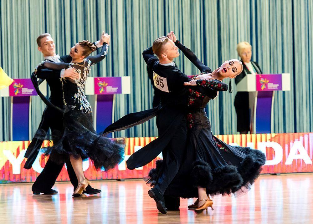 Среди профессионалов лучшими оказались танцоры из Литвы.