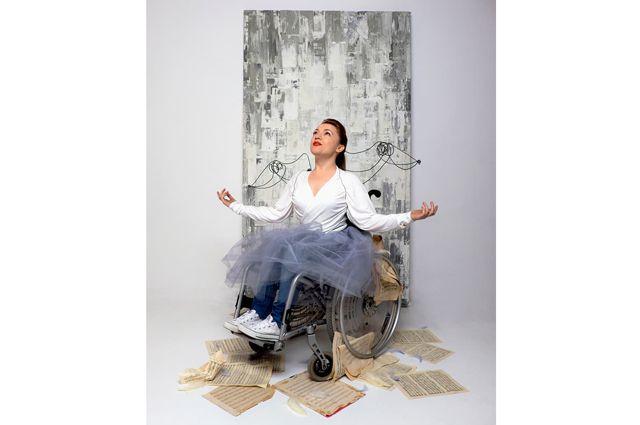 Ольга Стволова никогда не была согласна с утверждением, что нормальный человек не может быть постоянно счастливым.