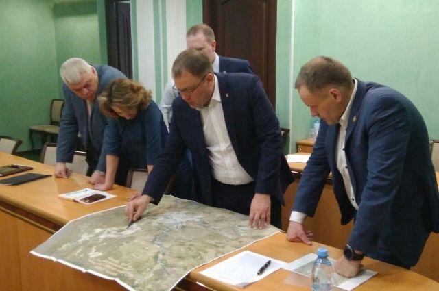 В мэрии Кемерова определят варианты объезда города.