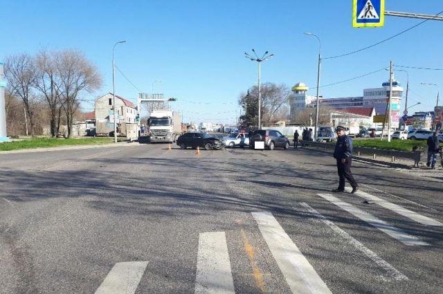 Жительницы Невинномысска неподелили дорогу наперекрёстке