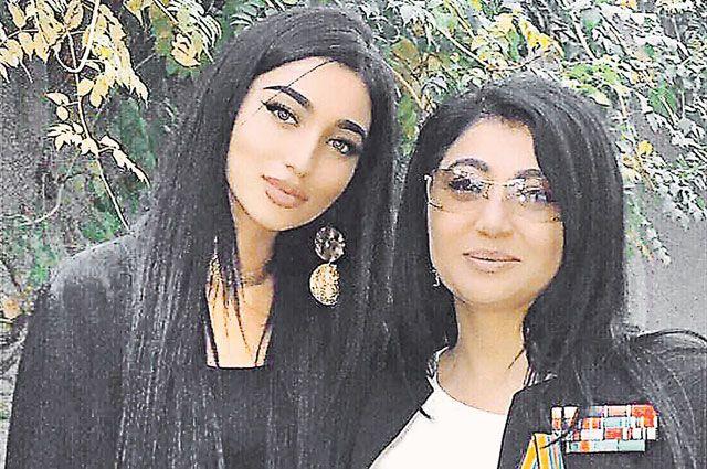 Мавлюда с дочкой Маликой. Душанбе. 2018 г.