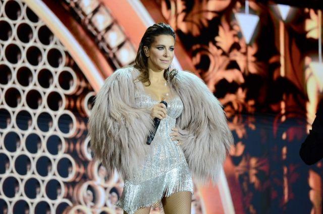 Режиссером шоу стал Олег Боднарчук, который работал над предыдущим шоу Ани «Каролина».