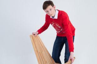 Кентуккийский стул удобно складывать, что делает его отличным вариантом для терассы и бассейна.