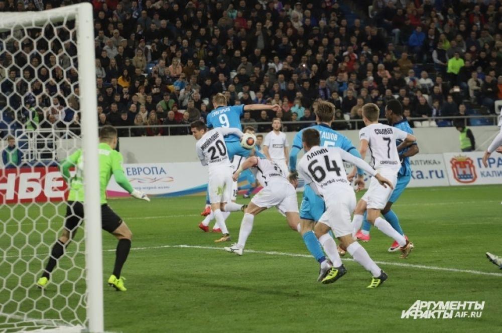 После игры главный тренер «Балтики» Игорь Черевченко признался, что футболисты были заряжены болельщиками на победу.