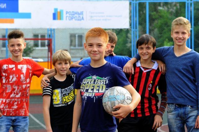 В рамках грантового конкурс в Омске появилось много спортплощадок.