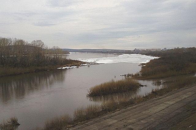 В областном центре Томь освободилась ото льда.