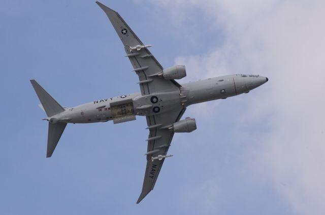 Семь американских самолетов провели разведку около русских  баз вСирии