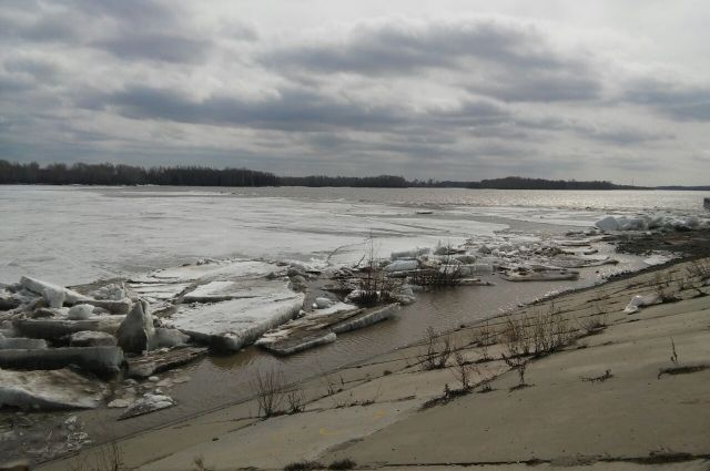 В двух районах Кузбасса территории оказались отрезаны от большой земли из-за паводка.