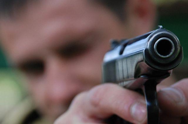 ВВинницкой области полицейский ранил коллегу наоткрытом уроке вшколе