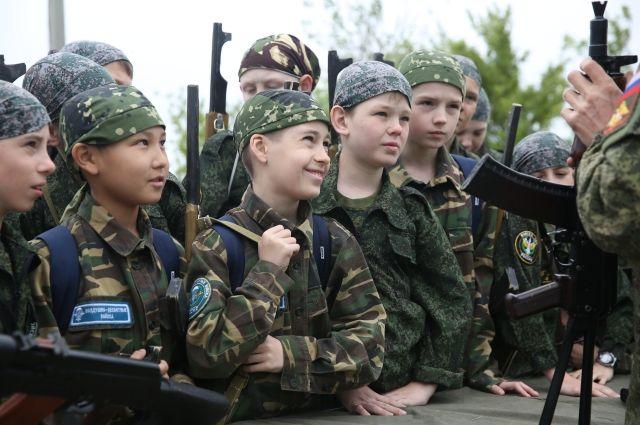 Участие в сборе примут юноши в возрасте 14-17 лет.