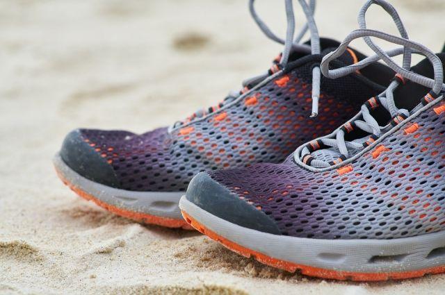 Подходить к выбору кроссовок нужно очень тщательно.