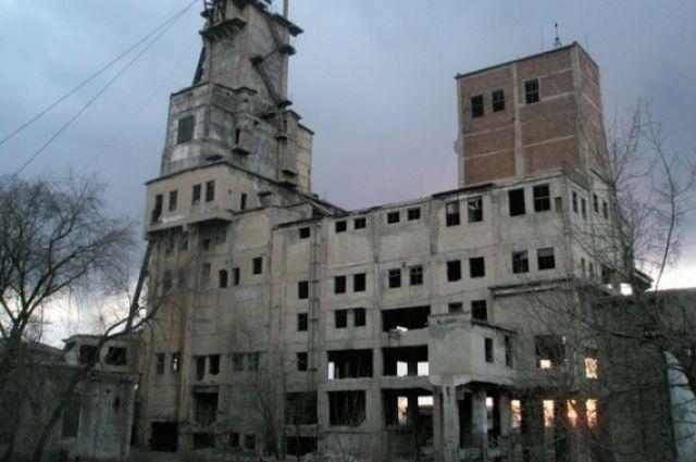 Под Енакиево в целях «экономии» затапливают радиоактивную шахту