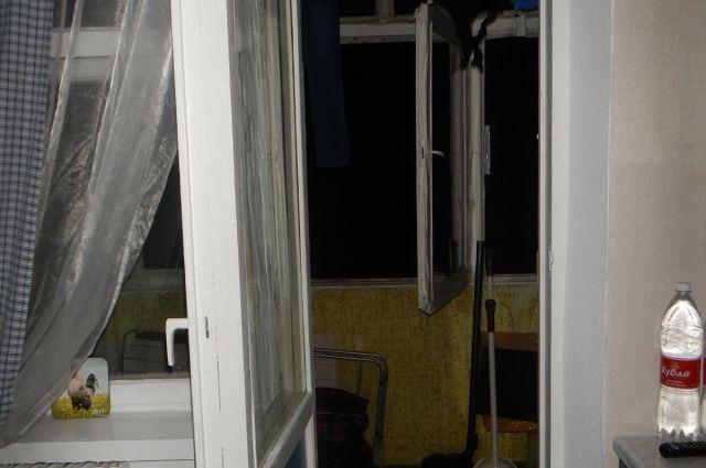 ВСтаврополе при падении с 5-ого  этажа умер  ребенок