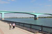 Октябрьский мост - важнейший элемент инфраструктуры Ярославля.