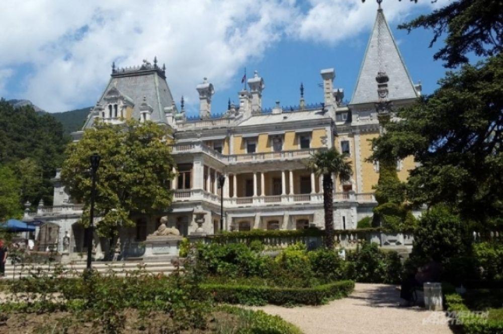 Массандровский дворец (Верхняя Массандра)