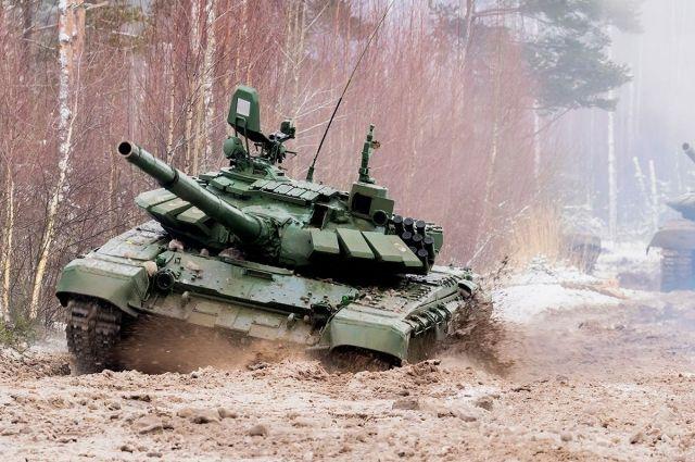 ТОС-1А «Солнцепёк» «Омсктрансмаша»- это модификация ТОС-1 «Буратино», тяжёлой огнеметной системы залпового огня на базе танка Т-72.