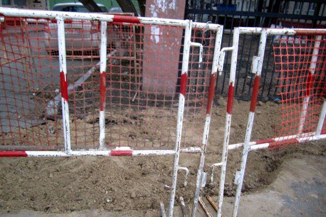 В Гилево неизвестные загородили проезд и избили водителя