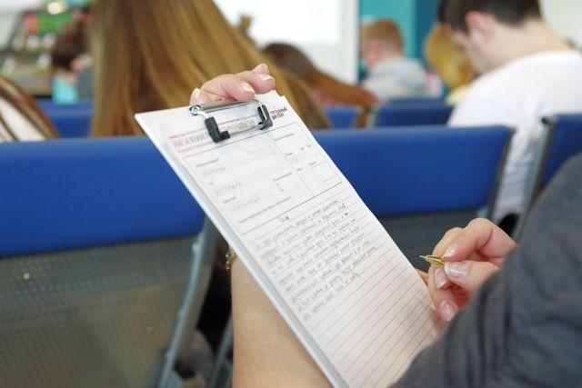 6000 омичей проверили свои знания по русскому языку.
