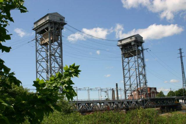 Из-за ремонта по ночам в Калининграде будут закрывать двухъярусный мост.