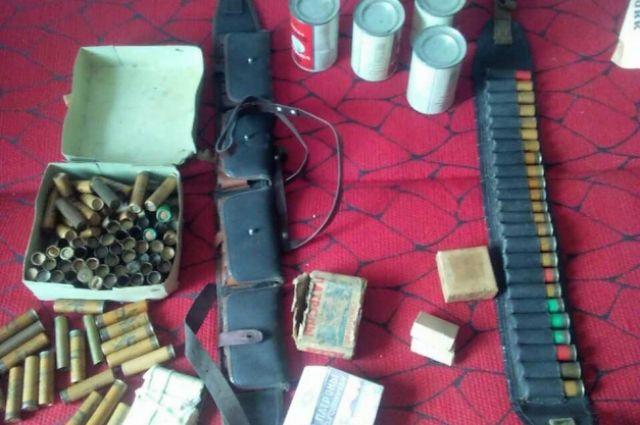 Жительница Кузбасса нашла ружье среди вещей умершего отца.