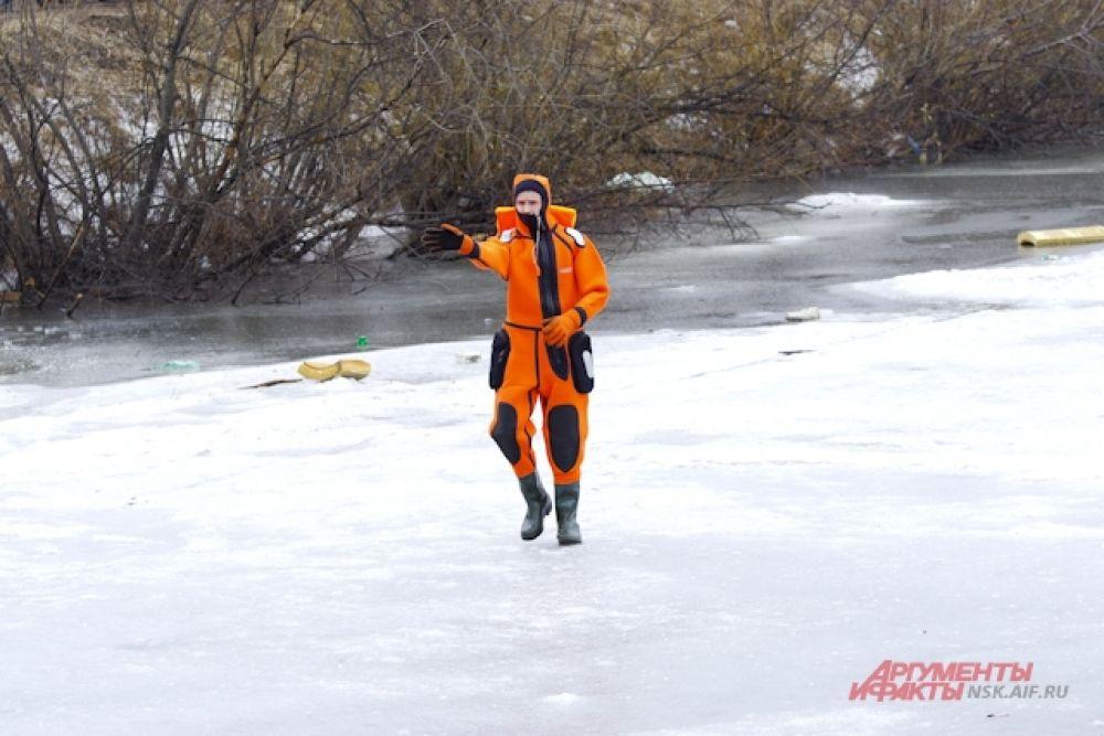 Паводковая обстановка в Новосибирской области спокойная, но пока пик весеннего половодья не пройден, спасательные формирования региона работают в режиме повышенной готовности.