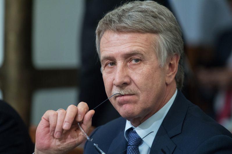 Лидер прошлого года, глава правления «Новатэка» Леонид Михельсон спустился на третье место. Его состояние оценивается в 18 млрд долларов.