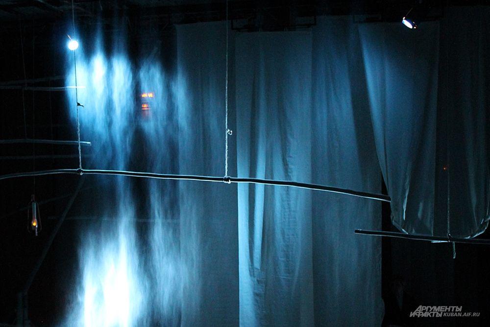 Художник по свету – лауреат национальной премии «Арлекин» в номинации «Лучшая работа художника по свету» Игорь Фомин.