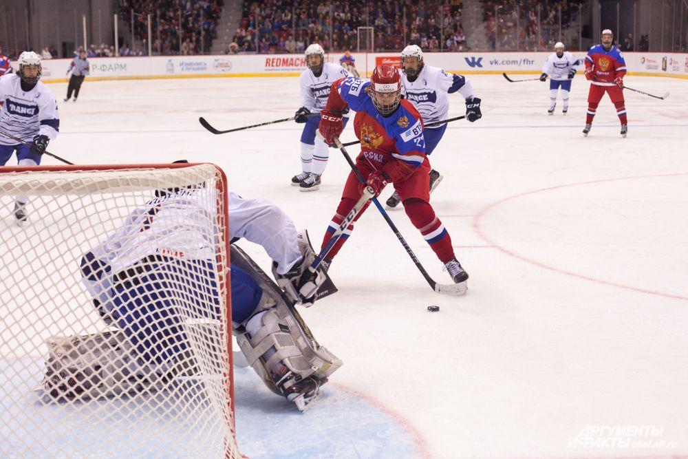 Российские хоккеисты забросили семь шайб