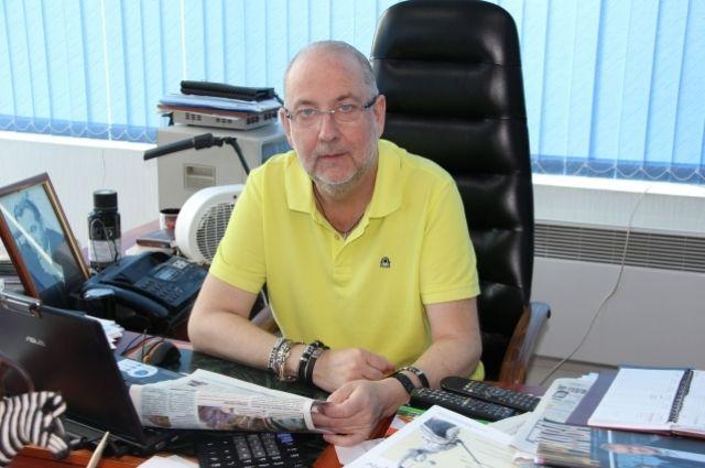 Директор Симферопольского цирка им. Тезикова Борис Тезиков.