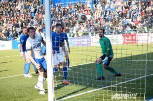 «Оренбург» на последних минутах матча вырвал победу у питерского «Димамо».