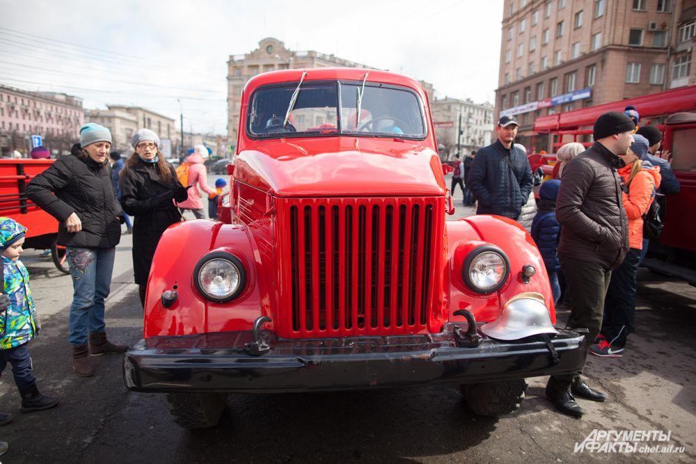 Пожарная машина, применявшаяся в прошедшие годы