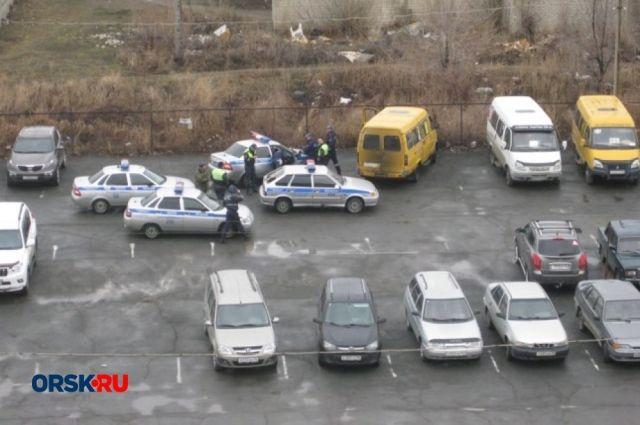 СМИ: в Орске полицейские устроили погоню за водителем «ГАЗели».