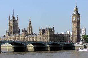 Британия подозревает в покушении на Скрипаля «экс-агента ФСБ» – СМИ