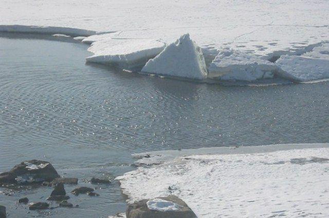 ВАрхангельской области двое детей утонули, провалившись под лед