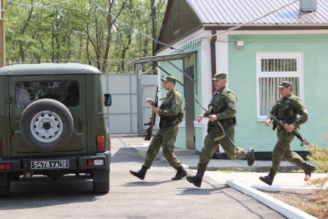 ФСБ задержала украинца, занимавшегося торговлей наркотиками ипроизводством оружия вКрыму