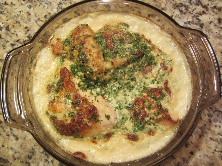 Ника Григорян. Чкмерули из курицы. Это блюдо грузинской кухни. Моя семья его очень любит, оно помогает нам быть в прекрасной форме, ведь в нем очень мало калорий.