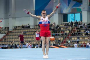Чемпиона России Денис Аблязин.