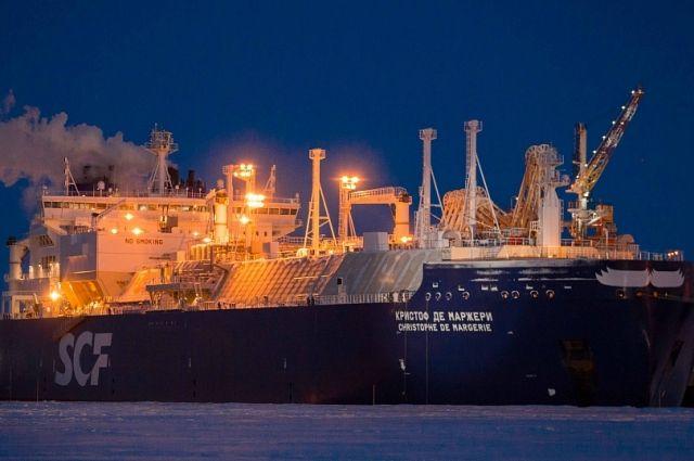 Морской порт Сабетта – одна из важнейших опорных точек Северного морского пути – кратчайшего маршрута, соединяющего Европу и Азию.