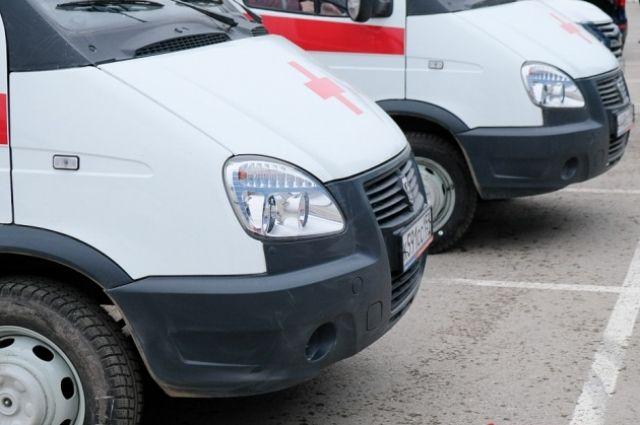В Тюмени на перекрестке улиц Одесская и Котовского столкнулись автомобили