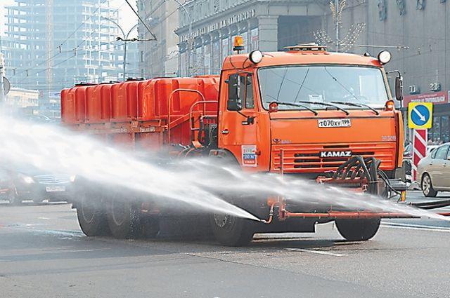 Занеделю сулиц Петербурга вывезли 761 тонну мусора