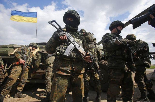 Порошенко поздравил ВСУ свосьмым местом врейтинге самых действенных армий Европы