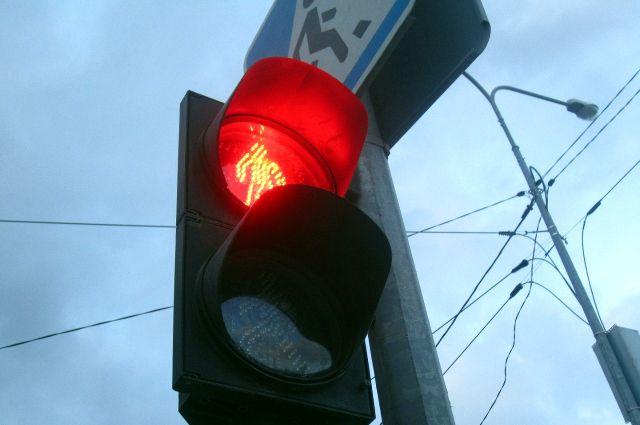 """В этот раз """"красный загорелся"""" для самого светофора."""